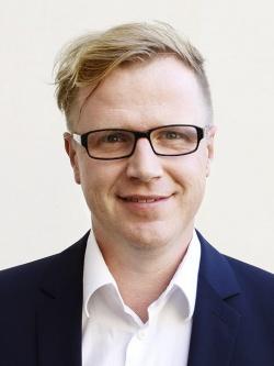 dr hab. Piotr Lorek